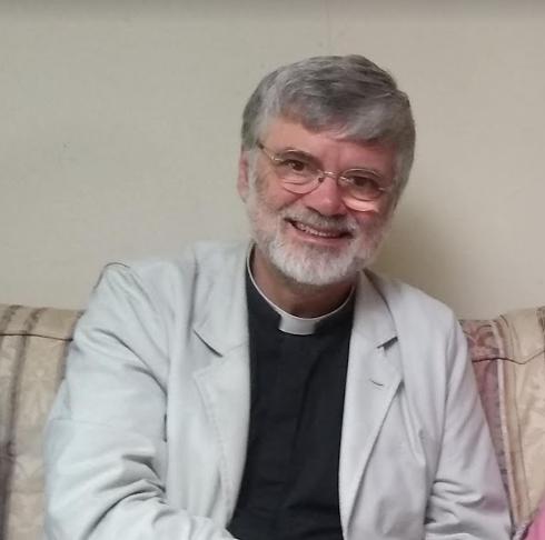 Rev Dr James Gardom