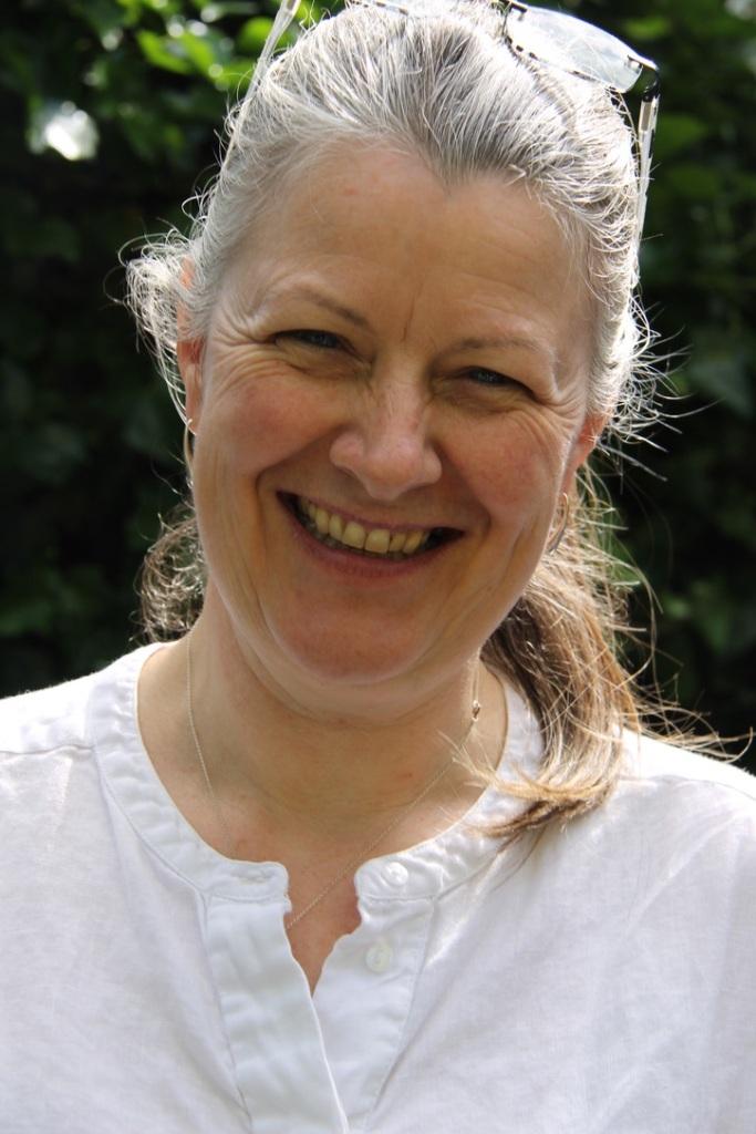 Rev Dr Carole Irwin