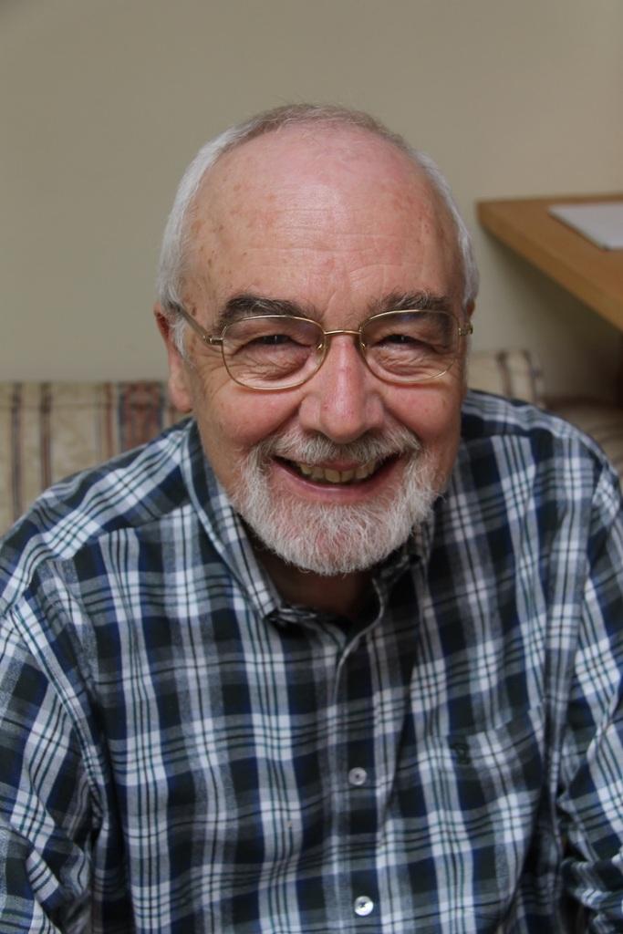 Rev Dr Ian Randall